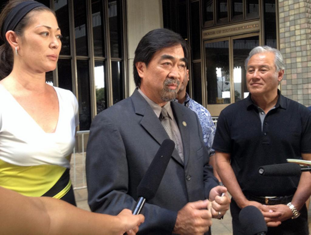 Same-Sex Marriage Debate Splits Hawaii State Capitol in Two — Literally
