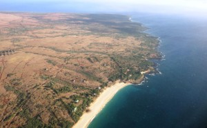 Hawaii Snapshot — Big Wind Becomes A Plot Line For Molokai Author