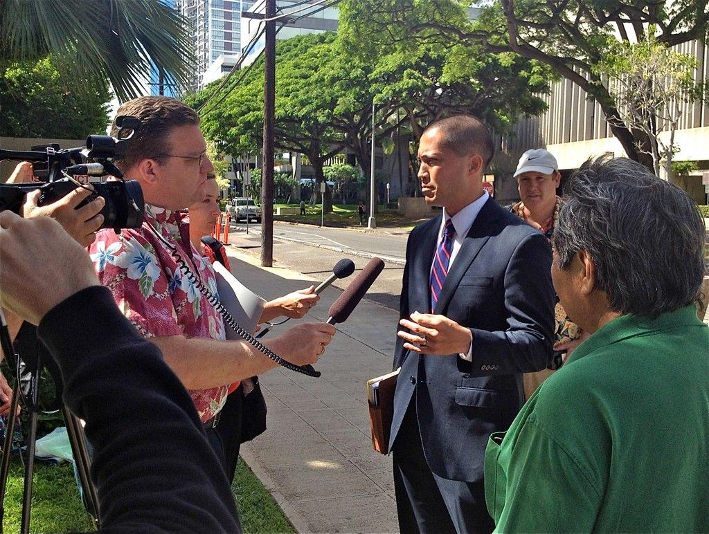 Hawaii Pot Minister to Stay in the Slammer