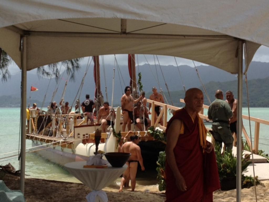 LIVE BLOG — Dalai Lama Visits Hawaii 2012