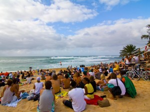 VIDEO & PHOTOS – Oahu's North Shore Feels First Big Swell