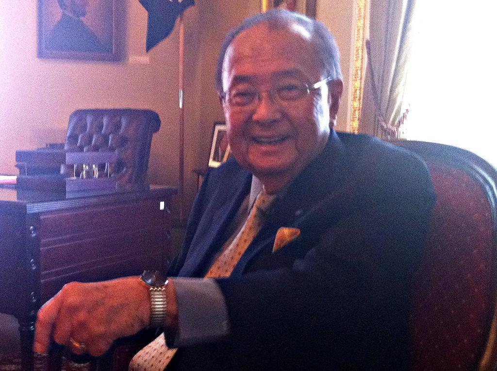 Sen. Inouye Backs Hirono in U.S. Senate Race