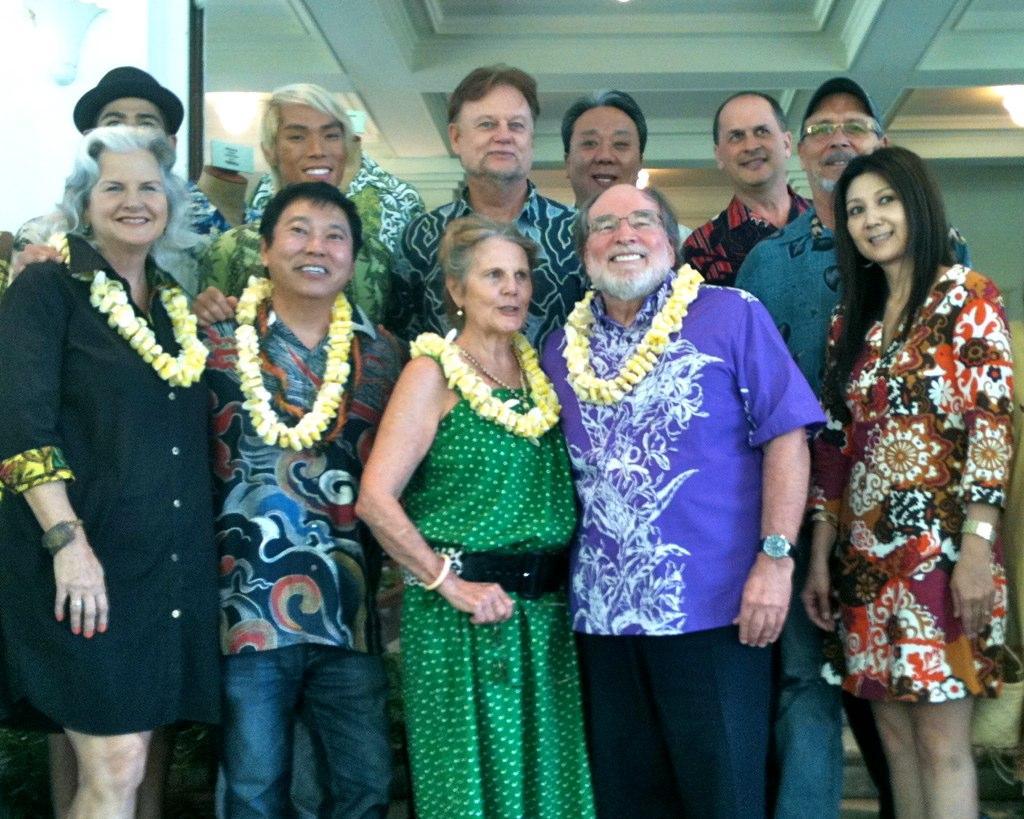 Hawaii Gov: Let's Bring Back 'Aloha Friday'