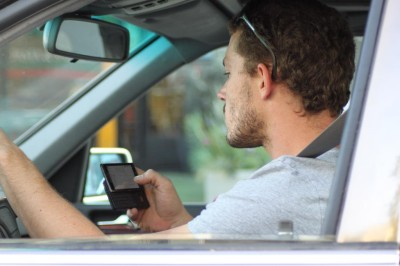 Hawaii Lawmakers May Triple Fines For Speeding, Cell-Phone Use, DUI