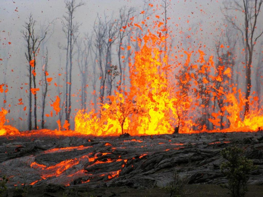 VIDEO: Hot Lava! Volcano Erupts At Hawaii's Kilauea
