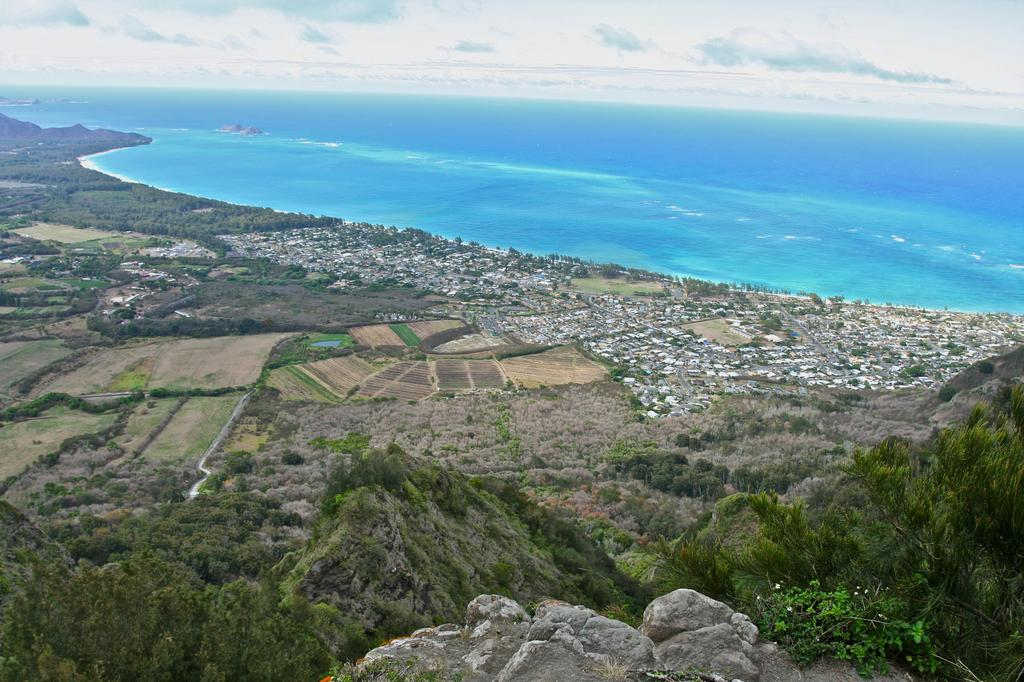 Census snapshot waimanalo a town on the decline civil for Waimanalo feed