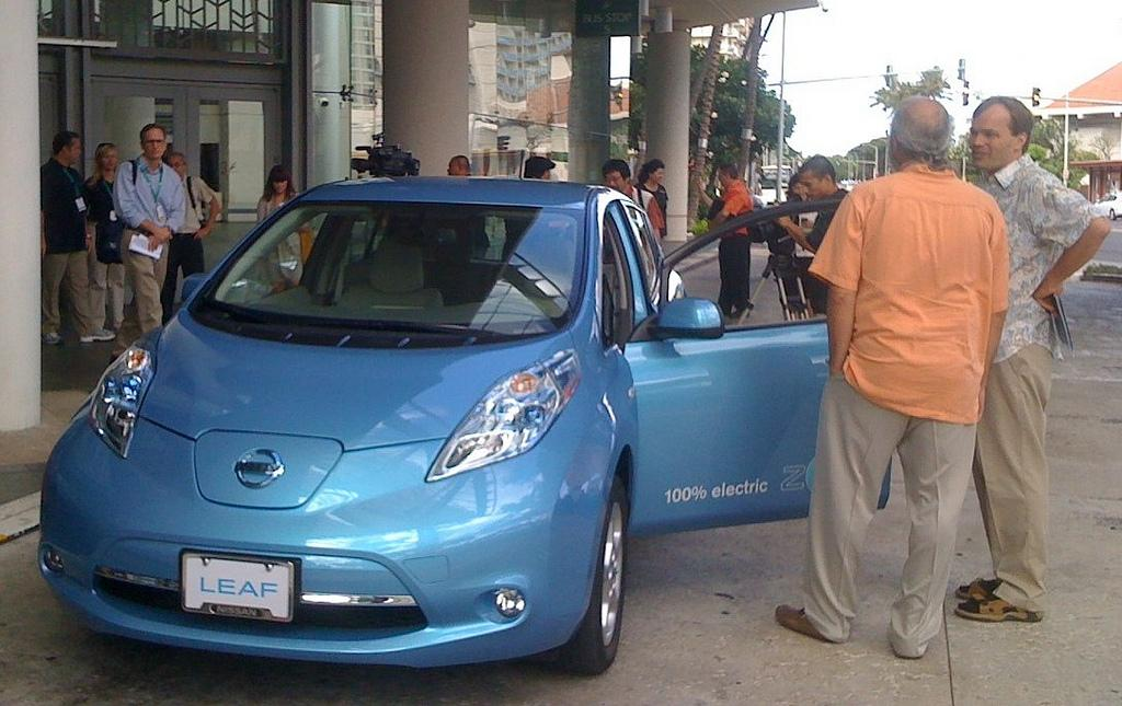 Hawaii's Electric Vehicle Rebates Off to Slow Start