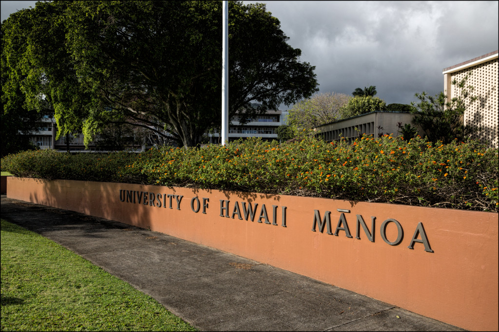 kenneth conklin opposes race based programs led a five week course in the university of hawaii manoa