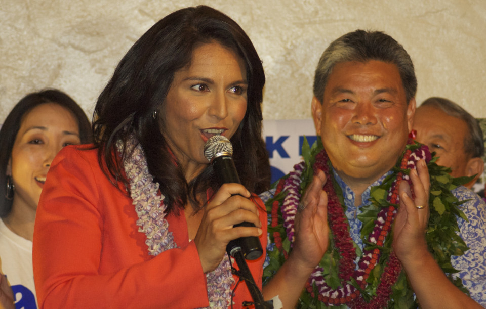 Civil Beat Poll: Who's Not to Like? Hawaii Leaders Popular With Voters