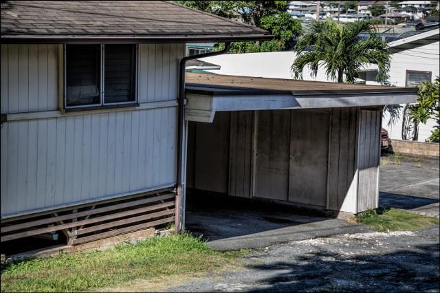 An empty garage at Speaker Emeritus Calvin Say's Palolo house on 10th Ave. on September 17, 2014