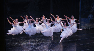 The Projector: Season Greeted by Rain, Crowded Malls and 'The Nutcracker'