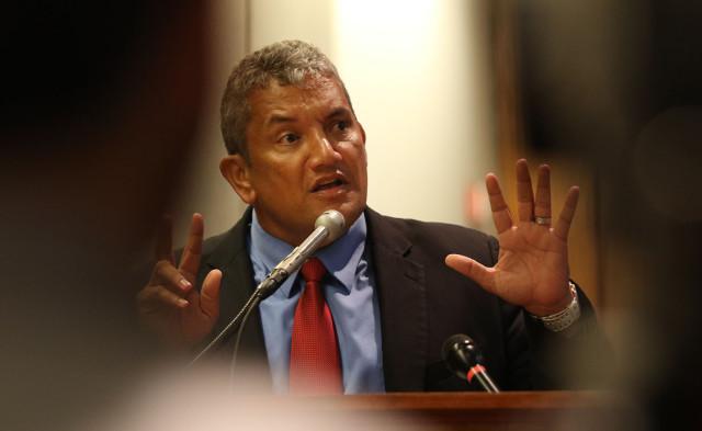 Hawaii Mayor Billy Kenoi at the Capitol in January.