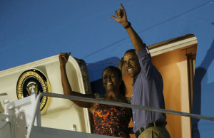 First Family Flies Off for Mainland After Final Vacation Day on Oahu
