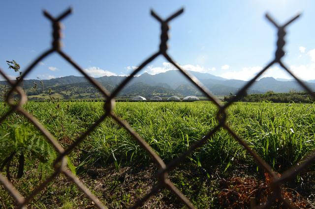 View of fields near Pioneer Hi-Bred International Inc. for Anita's story. 13 jan 2015. photograph Cory lum/Civil Beat