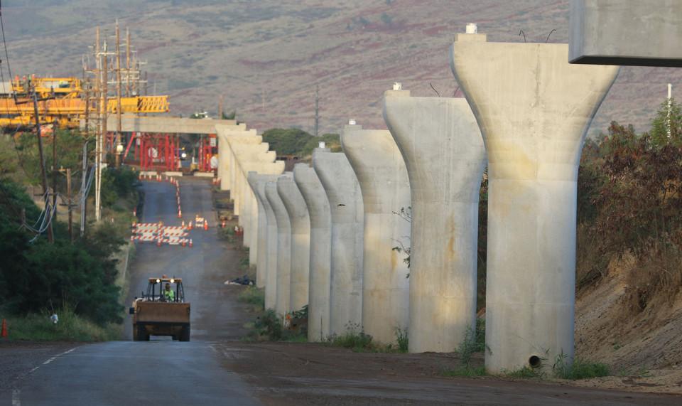 Roads for Rail? Hawaii Senators Pitch New Tax Idea