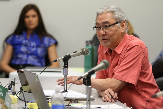 Senator Les Ihara questiions DLNR nominee Carleton Ching in second day of hearings. 12 march 2015. photograph Cory Lum/Civil Beat