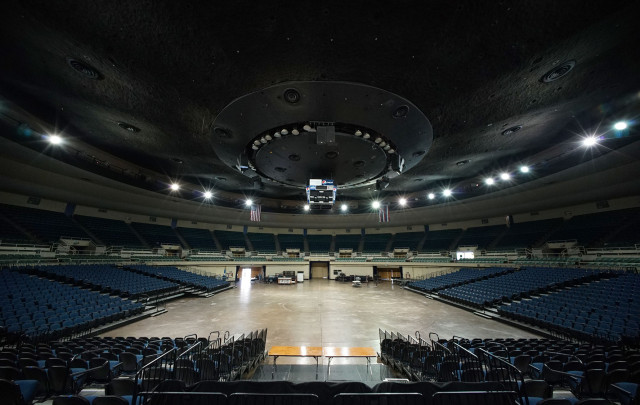 Neal Blaisdell Arena. inside. 27 march 2015. photograph Cory Lum/Civil Beat