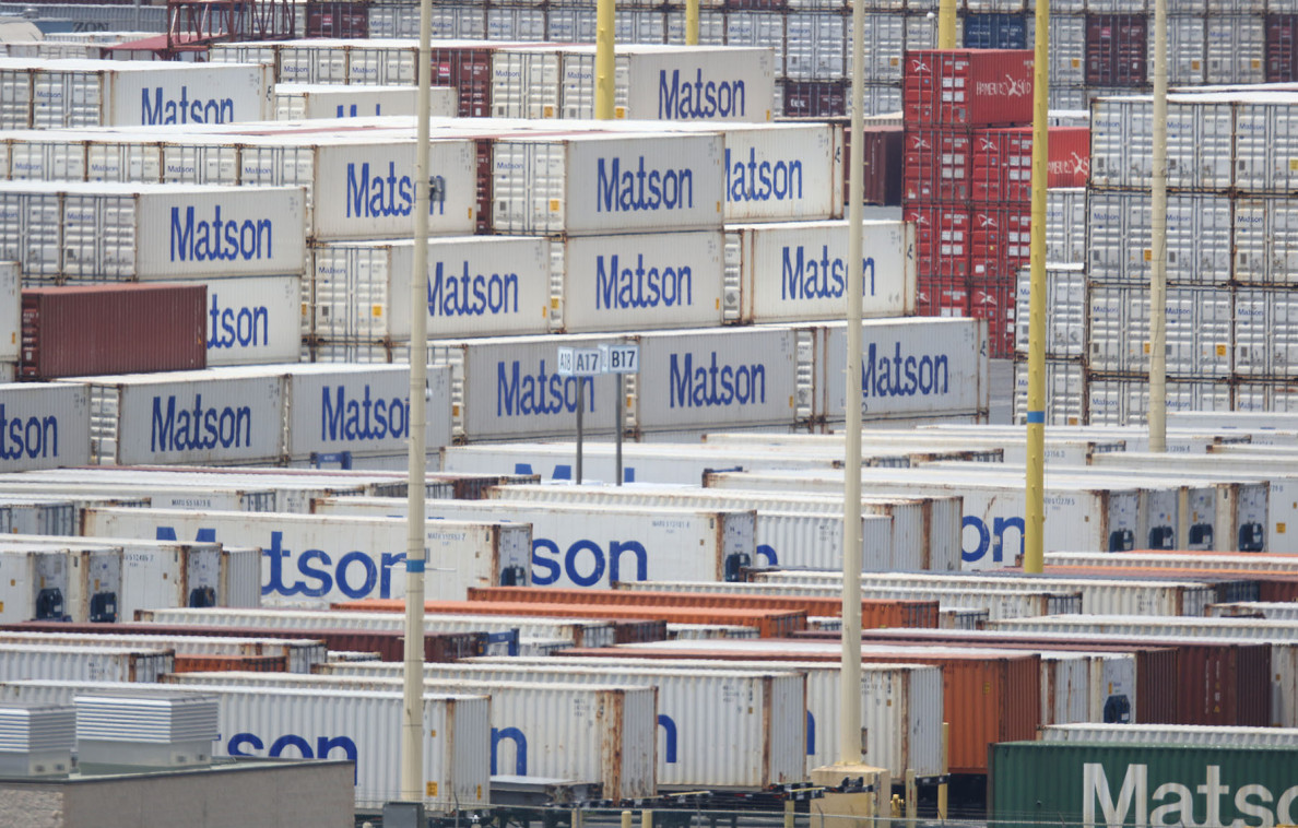 Matson containers on Sand Island. 7 april 2015. photograph by Cory Lum/Civil Beat