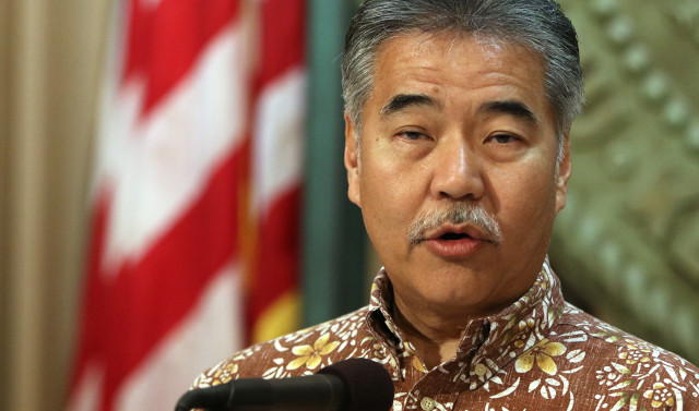 Governor David Ige gives press conference on TMT and shares10 points about future of Mauna Kea summit. 26 may 2015. photograph Cory Lum/Civil Beat