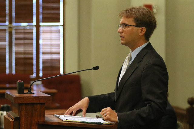 Attorney Robert Brian Black speaks on behalf of Peer News/Honolulu Civil Beat during Hawaii State Supreme Court case involving Civil Beat's request to the HPD for records relating to disciplinary suspensions between 2003 and 2012. HPD is seeking an order requiring HPD to disclose the disciplanary suspension records. 18 june 2015. photograph Cory Lum/Civil Beat