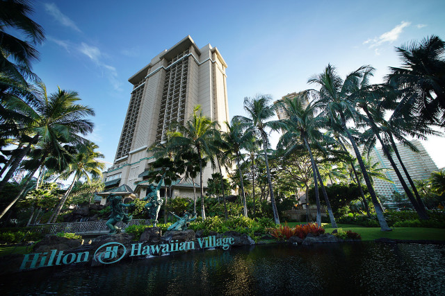Hilton Hawaiian Village entrance. 29 july 2015. photograph Cory Lum/Civil Beat