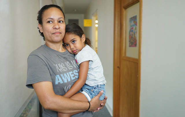 Jasmine Marbou  with 4-year-old granddaughter Shayna Patricio.  28 july 2015. photograph Cory Lum/Civil Beat