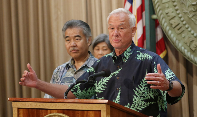 Mayor Kirk Caldwell gestures with left, Governor David Ige during press conference about joint state/city solution to homeless issues. no date decided. 27 july 2015. photograph by Cory Lum/Civil Beat