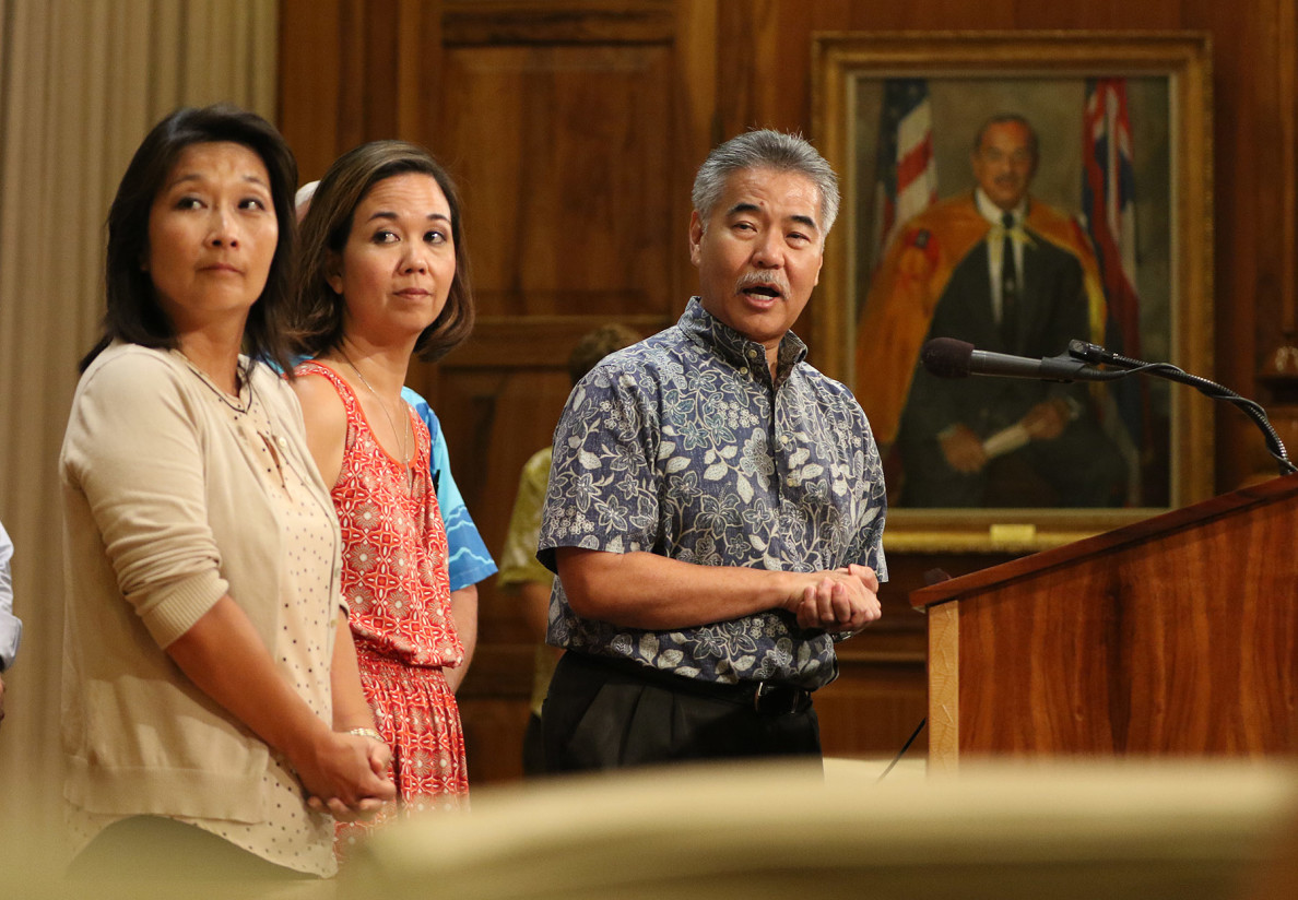 Other attempts to help the homeless are discussed by Gov. David Ige along with Rep. Sylvia Luke, left, and Sen. Jill Tokuda on Monday. The governor's leadership team is especially concerned with relocating about 300 people living in a Kakaako tent encampment.