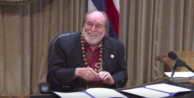 Abercrombie signs JRI bills