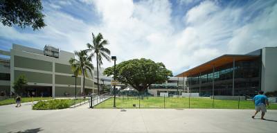 University of Hawaii at Manoa Campus Center. 2 sept 2015. photograph Cory Lum/Civil Beat