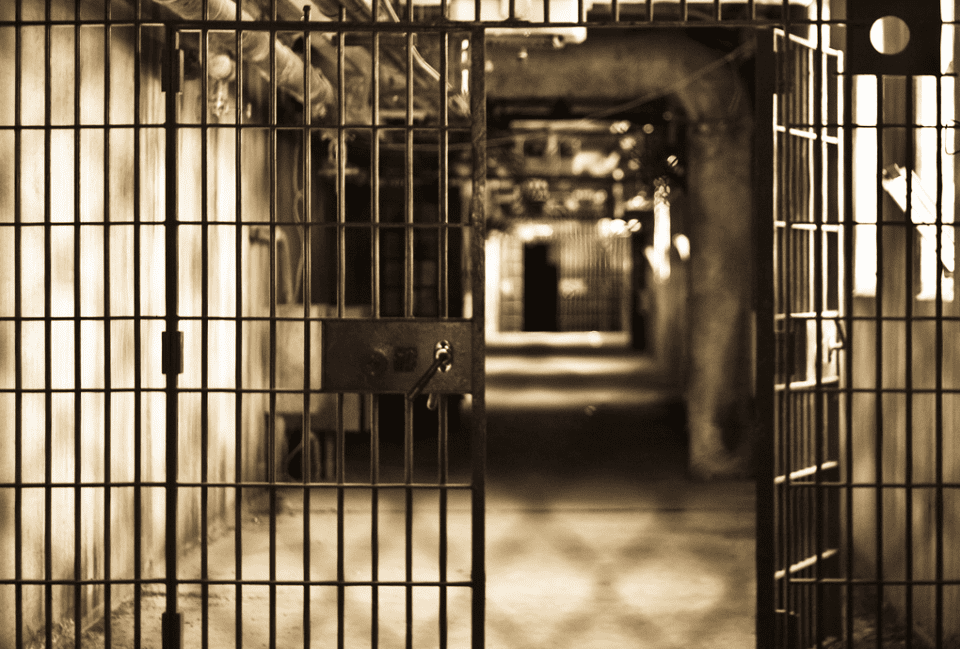 Hawaii Drug Offenders To Be Freed Early In Federal Sentencing Overhaul
