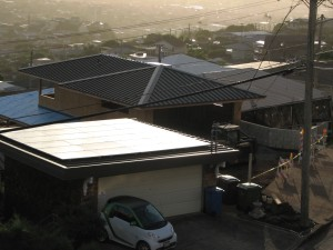Living Hawaii: Rooftop Solar Boosts Home Values