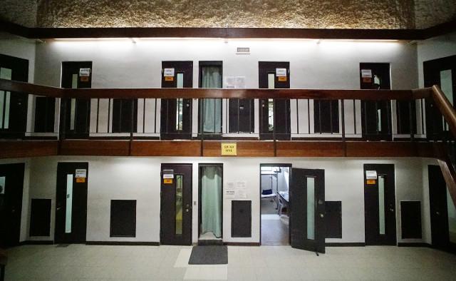 Oahu Community Correctional Center. 18 dec 2015. photograph Cory Lum/Civil Beat