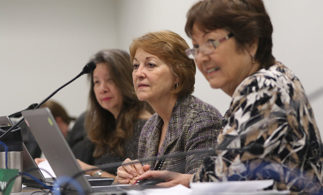 Chair Committee on Commerce, Consumer Protection and Health Roslyn Baker left Sen Suzanne Chun Oakland Michelle Kidani1.