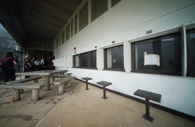 Halawa prison visitor area on tour of prison. 17 dec 2015. photograph Cory Lum/Civil Beat