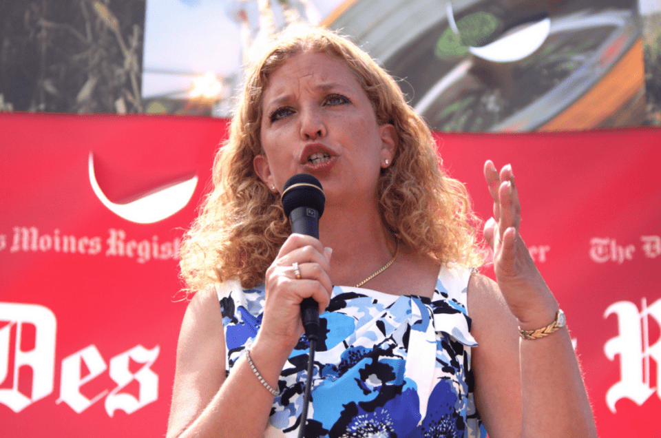 Wasserman Schultz Leads Local Fundraiser