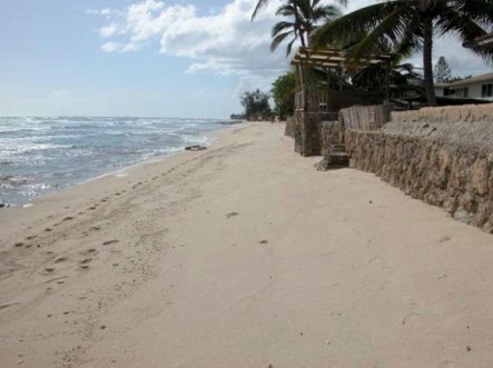 This stretch of Ewa Beach shows chronic erosion that has narrowed the beach to the point that homes are vulnerable to tsunami, storm surge, and high waves.