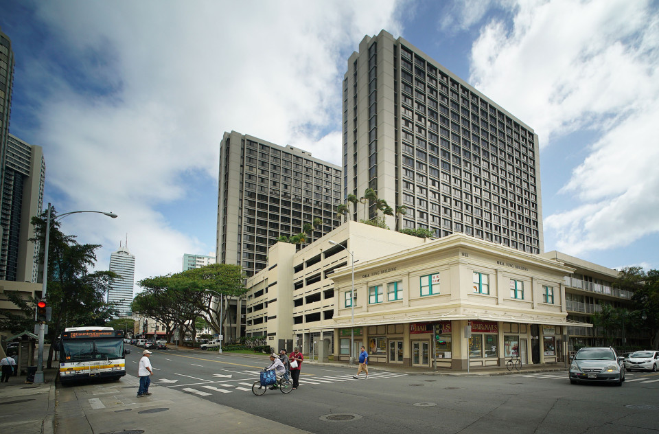 Should Honolulu Bring Back A Housing Department?