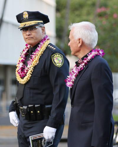 HPD Memorial Walk Chief Kealoha Mayor Caldwell. 16 may 2016.