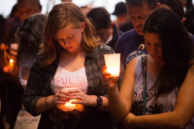 Orlando-shooting-kapiolani-park-vigil-12