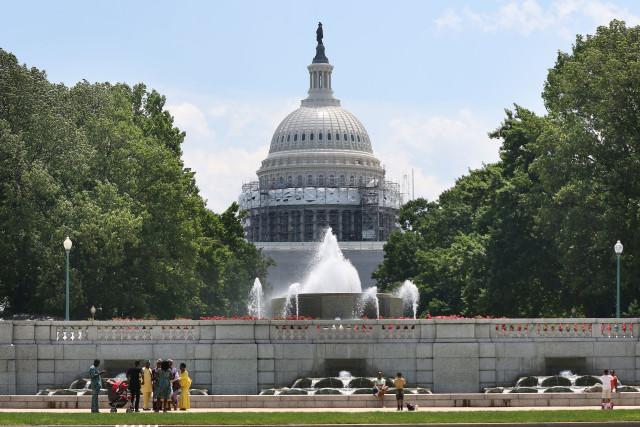Senate passes Roberts-Stabenow GMO labeling bill, preempts Vermont's