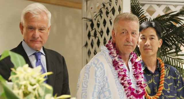 Mayor Kirk Caldwell, Mayoral candidates Charles Djou and Peter Carlisle before the start of the forum held at the Japanese Cultural Center of Hawaii banquet hall. 26 july 2016