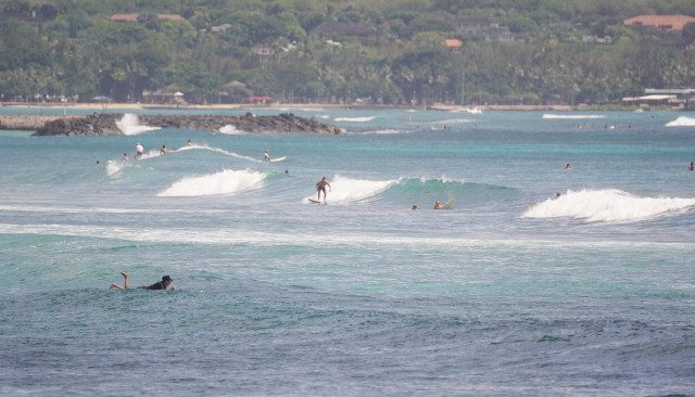 Ala Moana Diamond Head surfers. 25 sept 2016