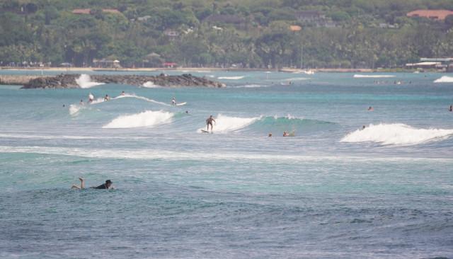 Ala Moana Diamond Head surfers. 25 sept 2016