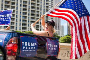 Clinton And Trump Supporters Make Some Noise In Hawaii