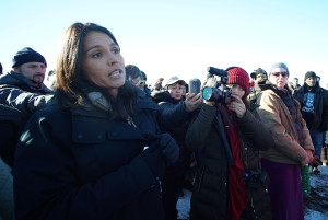 Gabbard Faced Tough Questions In Dakota About Hawaiian Issues