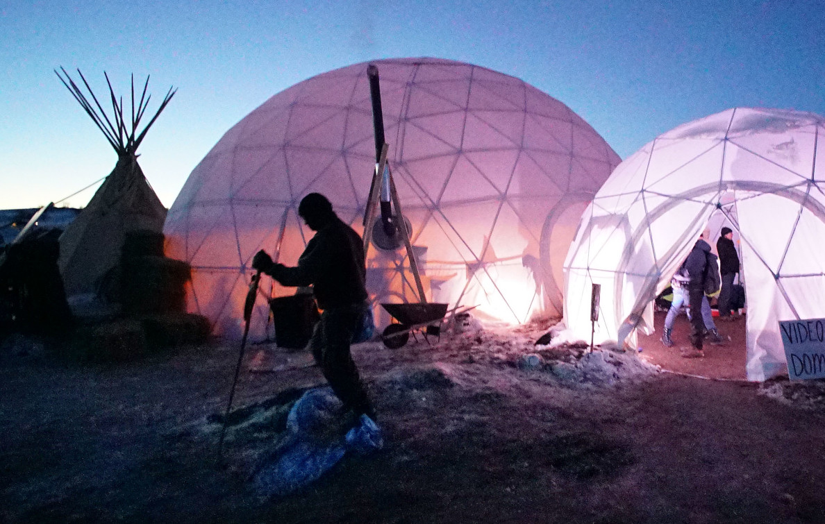 Standing rock dome where many meetings occur during the day and other community events. 4 dec 2016