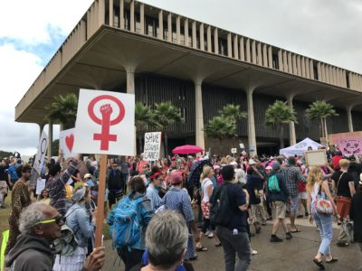 Why Working Women In Hawaii Aren't Doing As Well As It Seems