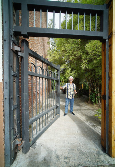 1116 Smith Street Artist loft Owner Landlord Ernie Hunt at entrance gate. 17 feb 2017