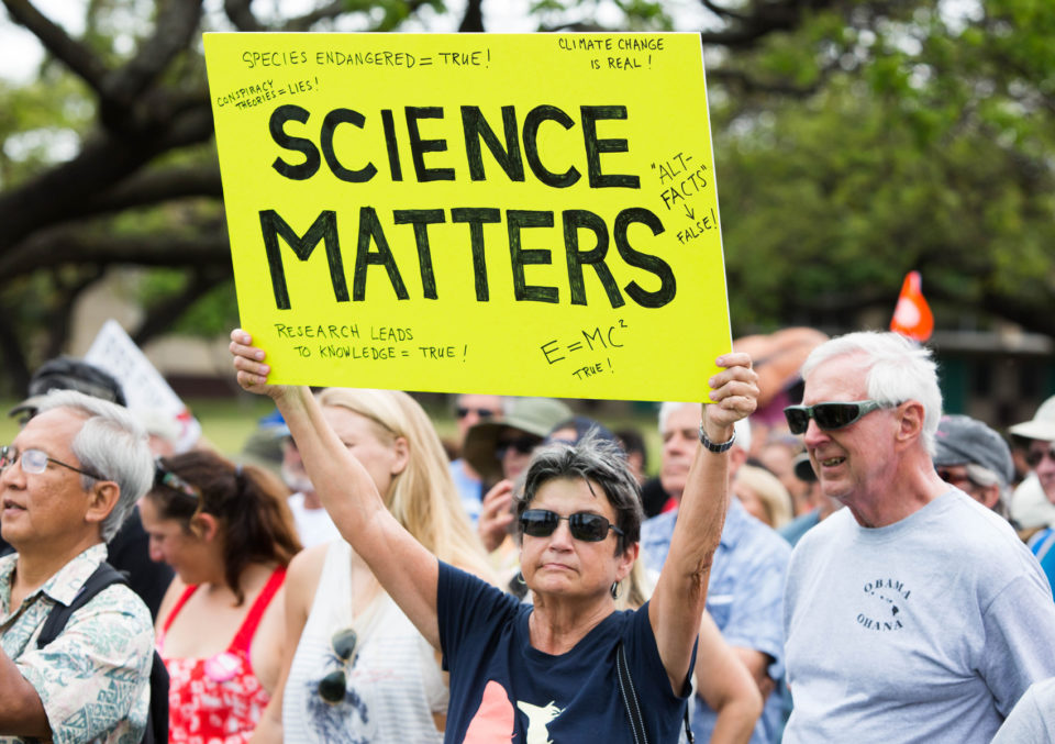 Honolulu March For Science Draws Nearly 1,000 Protestors